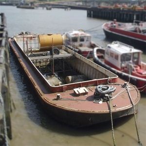 Waterway - Lea Barge | Thameside Services Marine Ltd